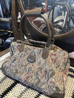 Suitcase 🧳 for Sale in Chula Vista, CA