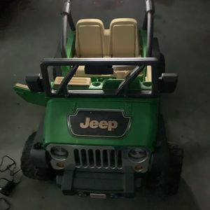 Jeep Electric Vehicle For Kids/Children for Sale in Hampton, GA