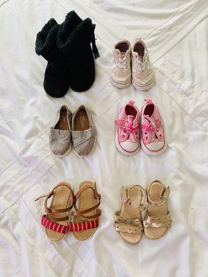 Zapatos de Niña/ Toddler Girl Shoes Bundle- Sizes 4.5 - 6 for Sale in Los Angeles, CA