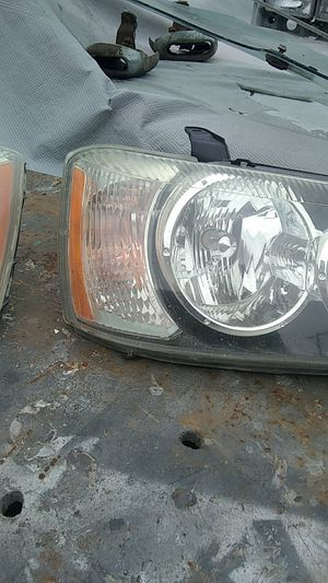 Toyota Highlander front headlights for Sale in Torrance, CA
