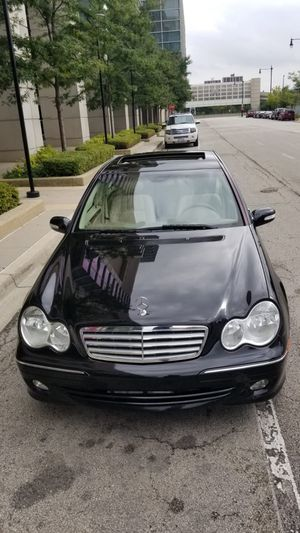 2005 Mercedes C240!AWD!fully loaded!!109k$$6300 for Sale in Chicago, IL