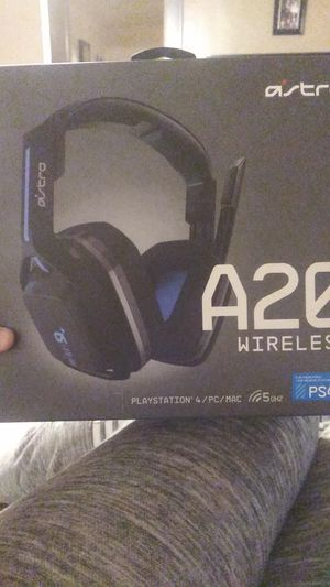 A20 wireless headset for PS4 for Sale in Akron, OH