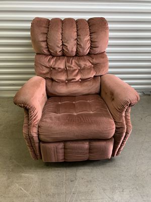 Comfy Lounge Chair for Sale in Nashville, TN