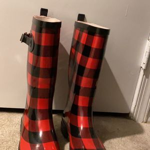 Rain boots for Sale in Columbia, MD