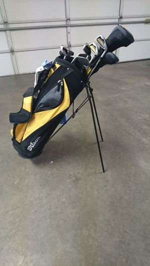 Wilson Ultra Men's Right-handed Golf Clubs for Sale in Greensboro, NC