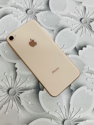 Factory unlocked iphone 8 64gb excellent condition with warranty for Sale in Boston, MA