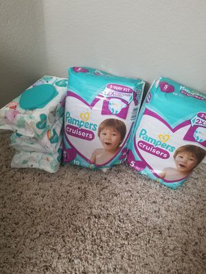 2 Pampers size 5 and 3 wipes for Sale in Plano, TX