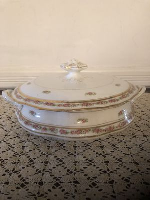 Antique Porcelain Serving Dish with Lid for Sale in Sully Station, VA