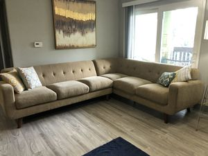 LIKE NEW MID-CENTURY MODERN SECTIONAL for Sale in Tampa, FL