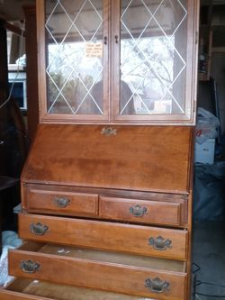China Hutch By Ethan And Allen5 for Sale in Wichita,  KS
