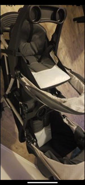 Double, click connect graco stroller. for Sale in Orlando, FL