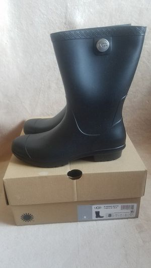 UGG Sienna Matte Rain boots for Sale in Los Angeles, CA