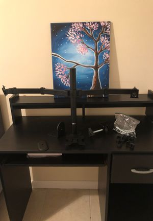 DUAL MONITOR MOUNT WALI . VEGA & CABLE RUNNER CLIPS for Sale in Miami, FL