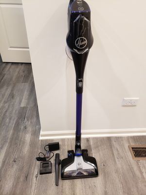 Hoover Cordless Vacuum for Sale in Tinley Park, IL