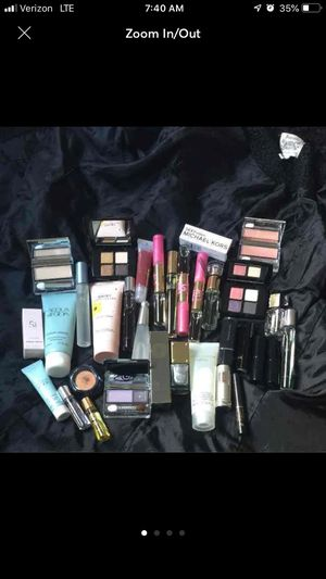 High End Cosmetics women's fragrance makeup lot for Sale in Santee, CA