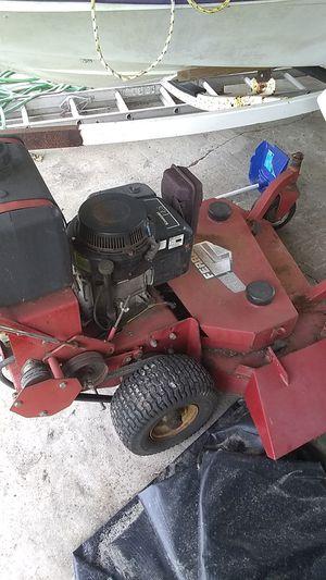 Lawn mower walk behind run and cut for Sale in Wauchula, FL