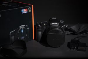 Sony rx10 iv like new for Sale in Vienna, VA