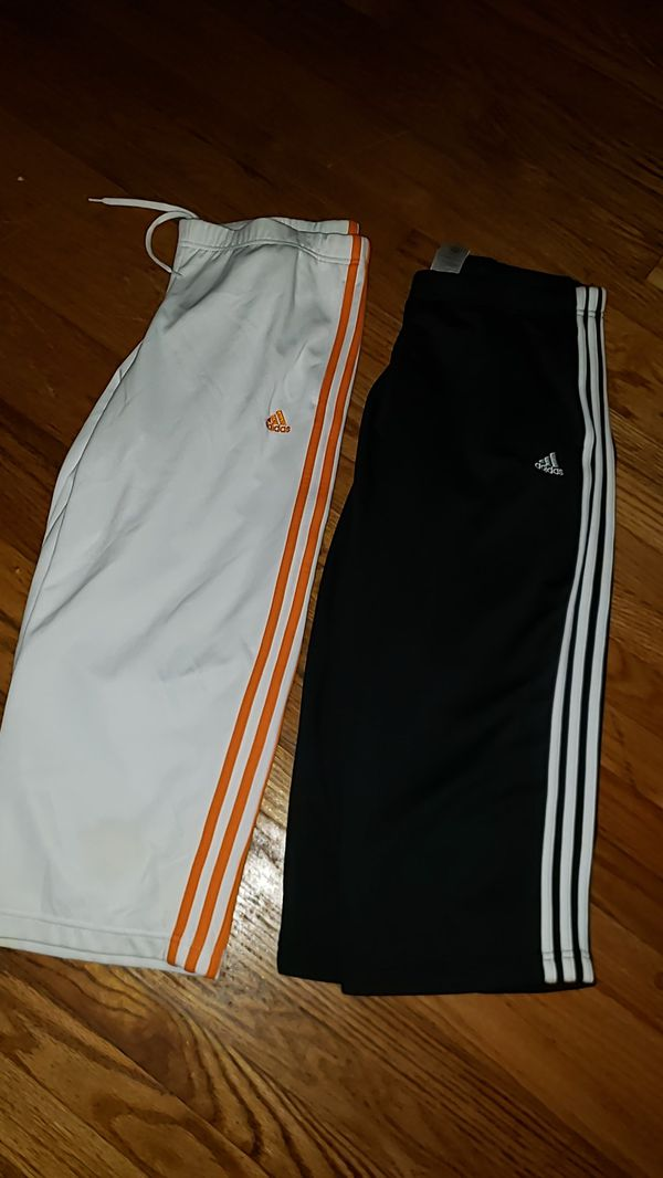 2 pair Womens Adidas capris Large