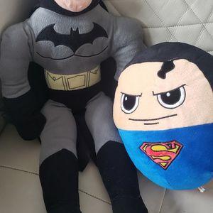 Batman And Superman Stuffy Plush Plushie for Sale in Oak Lawn, IL