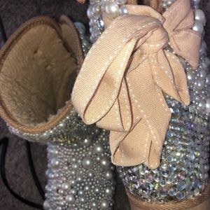 bedazzled chanel boots size 7.5 for Sale in Detroit, MI