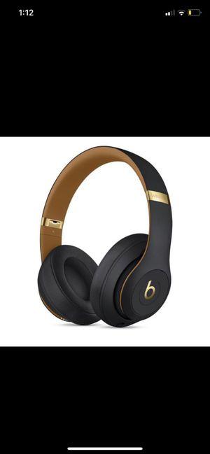 Beats studio 3 wireless for Sale in Carpentersville, IL