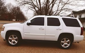 Power Suv 07 clean title Tahoe V8 for Sale in Anchorage, AK