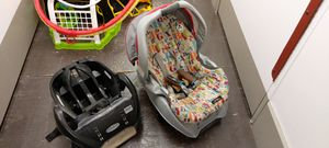 GRACO BABY CAR SEAT for Sale in Clairton, PA