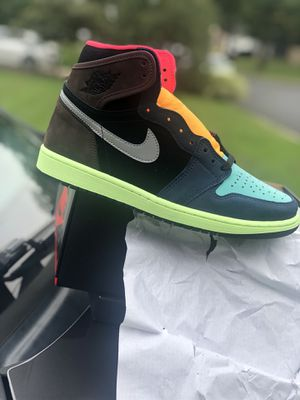 Jordan 1s new size 9 come get Today for Sale in Laurel, MD