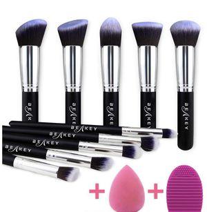 Makeup Brush Set, Premium Synthetic Kabuki Foundation Face Powder Blush Eyeshadow Brushes Makeup Brush Kit with Blender Sponge and Brush Cleaner (10+ for Sale in Plainfield, NJ