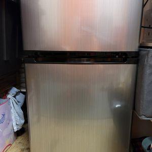 Insignia Mini Fridge With Freezer for Sale in Mesa, AZ