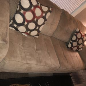Tan Couch (Average Size) for Sale in Cleveland, OH