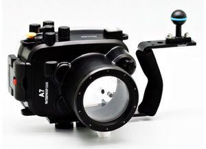 Meikon 40/130ft underwater waterproof camera housing kit for Sale in Tampa, FL