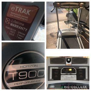 Like new Horizon T900 Heavy Duty Treadmilll for Sale in Powder Springs, GA