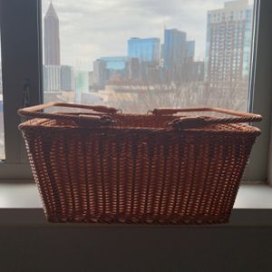 Wicker Picnic Basket Never Used for Sale in Atlanta, GA