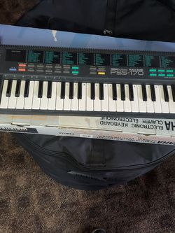 Keyboard for Sale in St. Louis,  MO