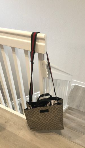 100% Authentic GUCCI GG SHERRY PVC LEATHER 2WAY SHOULDER TOTE HANDBAG for Sale in Boynton Beach, FL