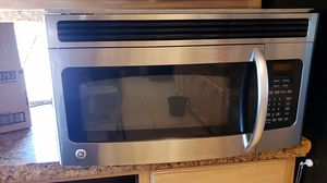 Microwave over the range stainless steel digital for Sale in El Paso, TX
