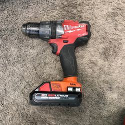 Milwaukee Fuel Hammer Drill With 3.0 Battery for Sale in Lee's Summit,  MO