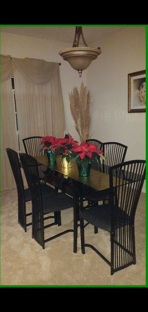6 seat black glass dining room table for Sale in Ocoee, FL