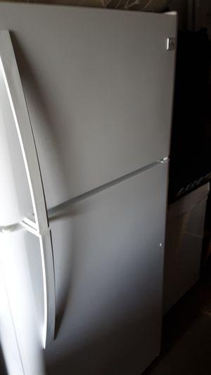 Kenmore refrigerator for Sale in Virginia Beach, VA