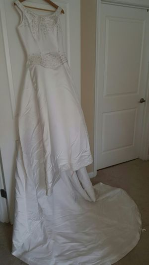 LACE Bridal Gown Wedding Dress Including Vale for Sale in Rockville, MD