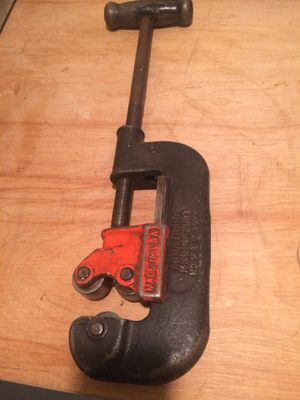 Armstrong pipe cutter for Sale in Chicago, IL