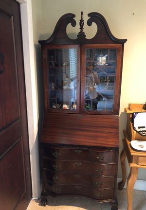 Gorgeous Secretary desk for Sale in Oakland Park, FL