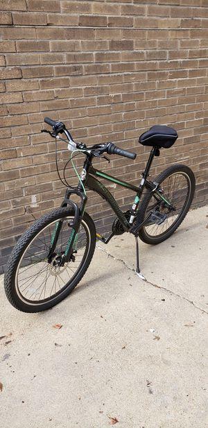 Schwinn Sidewinder Mountain Bike, 26-inch wheels, black and green for Sale in Washington, DC