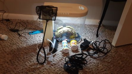 Fish tank and accessories for Sale in Oklahoma City,  OK