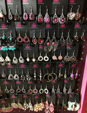 PAPARAZZI JEWELRY for Sale in Columbus, OH