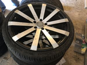 5 lugs 20 inch wheels and tires for Sale in Dallas, TX