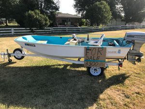1068 Boston Whaler 13ft very clean boat , Garmin fish finder and gps, works great with also a 1984 40 horse 3500.00 for Sale in Ellensburg, WA