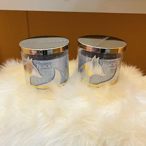 Hurry $10 ONLY!! Large 3 Wick Bath & Body Works Candles! for Sale in San Antonio, TX