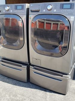 WASHER AND DRYER SET LG for Sale in Montebello,  CA